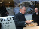 Boone Pickens and Mayor Bloomberg Unveil NYC`s First Natural Gas  Food Truck