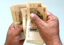 Brazil�s minimum wage rises to R$622 per month